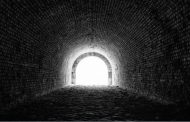 Licht halverwege de tunnel