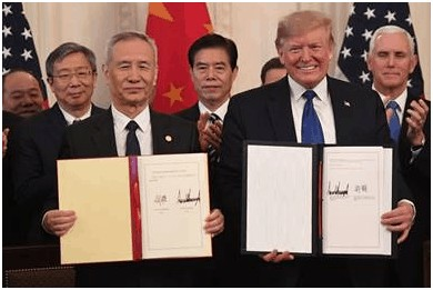 De Chinese vice-eersteminister heeft fase 1 van het commerciële akkoord met de Verenigde Staten ondertekend.